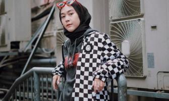 'Hijab Street Style' Akan Jadi Tren di 2020, Sudah Punya?